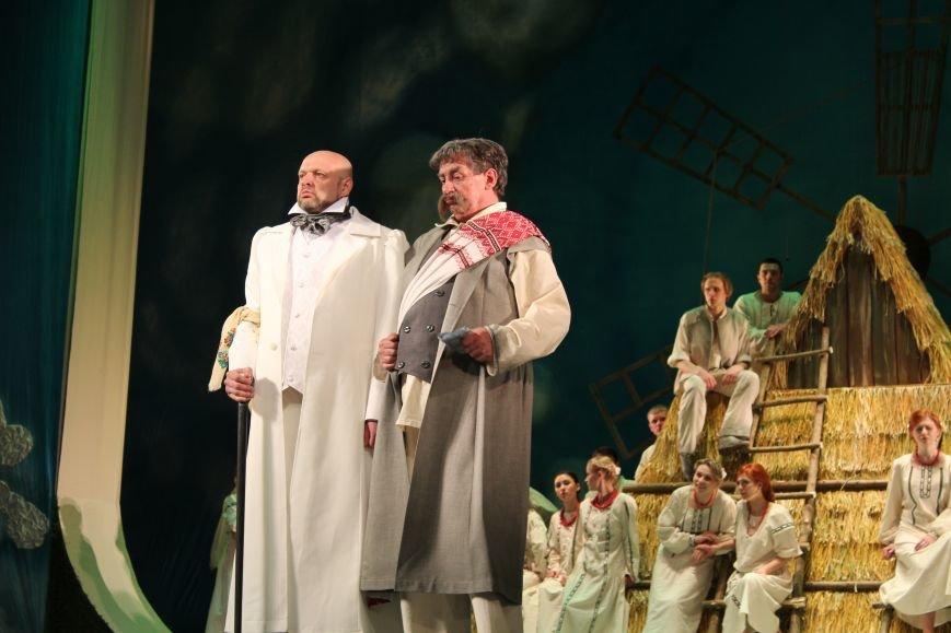 В каменском театре поведали о преданных женщинах и слабых мужчинах, фото-13