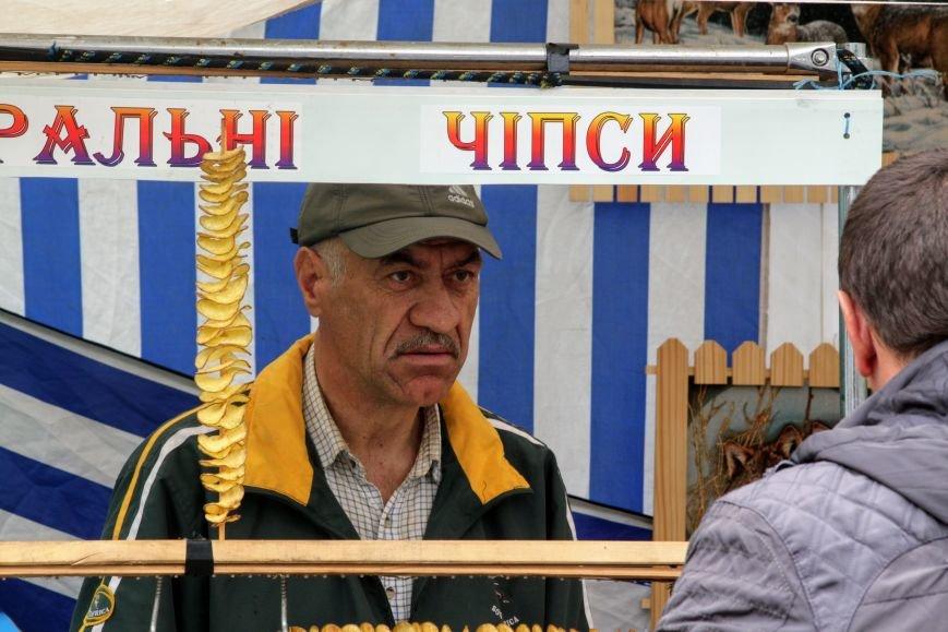 """""""Сонячний напій"""" в Ужгороді: ціни, затори та вино (ФОТОРЕПОРТАЖ), фото-22"""