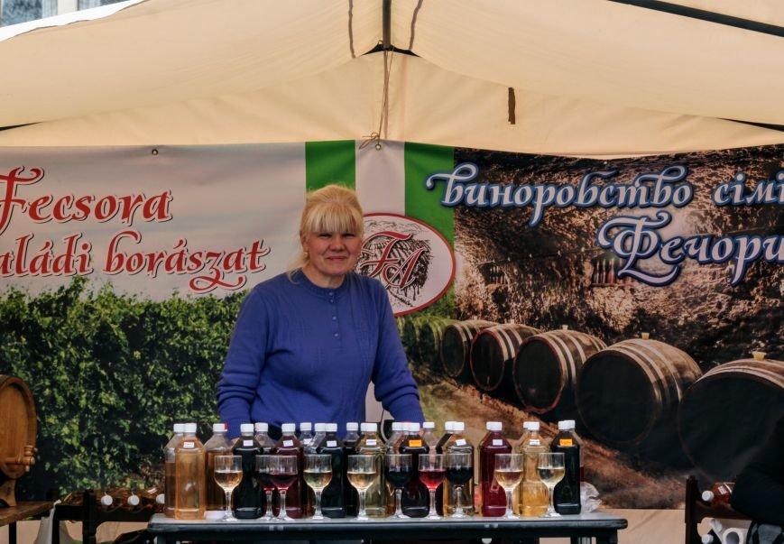 """""""Сонячний напій"""" в Ужгороді: ціни, затори та вино (ФОТОРЕПОРТАЖ), фото-29"""
