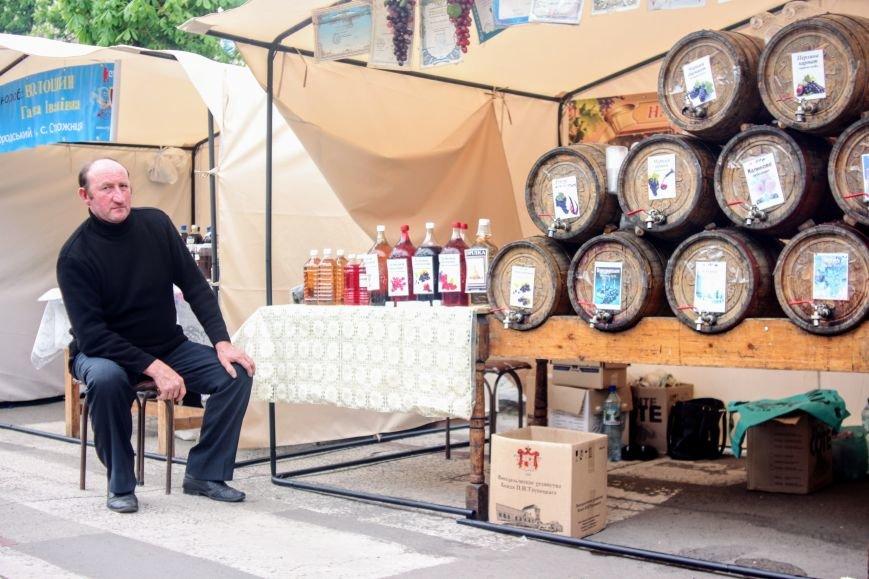 """""""Сонячний напій"""" в Ужгороді: ціни, затори та вино (ФОТОРЕПОРТАЖ), фото-12"""