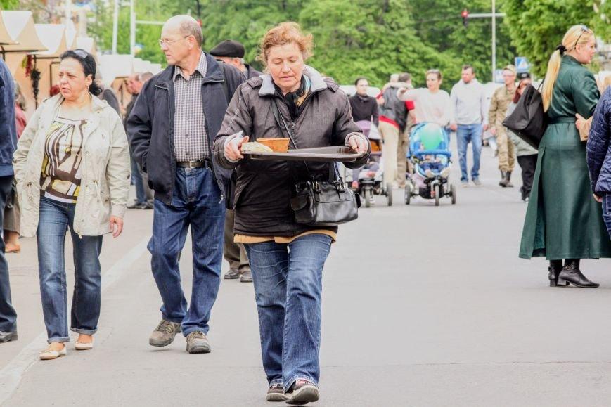 """""""Сонячний напій"""" в Ужгороді: ціни, затори та вино (ФОТОРЕПОРТАЖ), фото-16"""