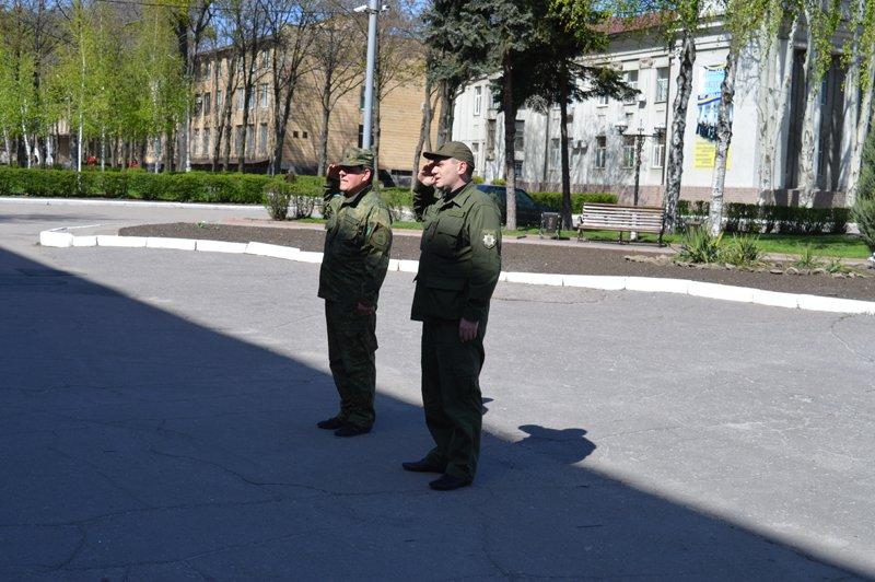 Правоохранители Покровской оперативной зоны готовы к обеспечению публичной безопасности в праздничные дни, фото-3