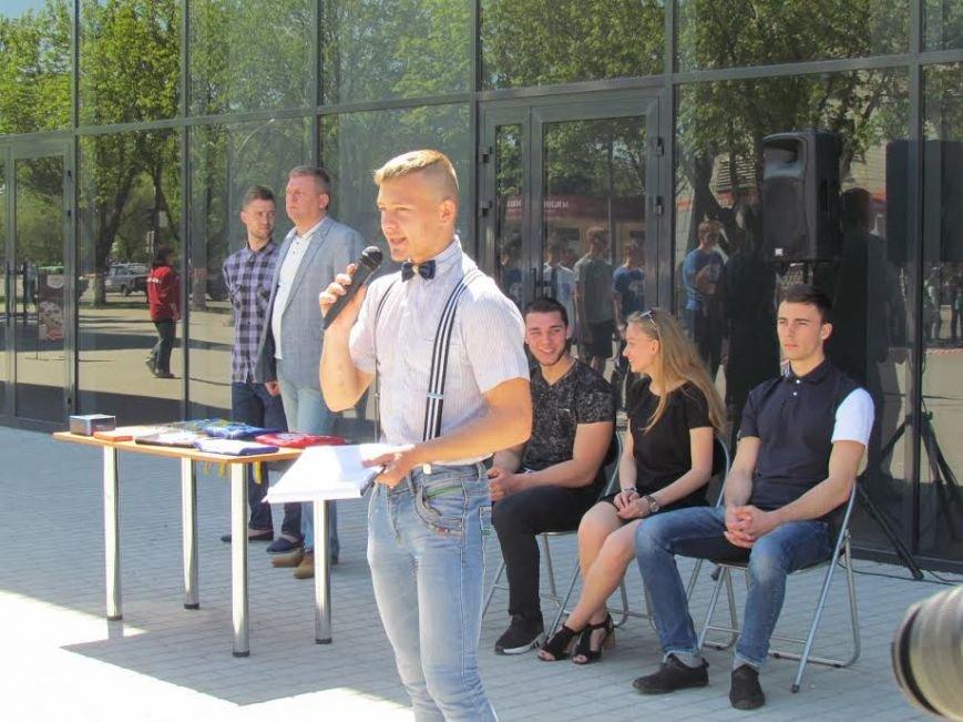 В центре Павлограда прошел турнир-фестиваль по Street Workout, фото-1