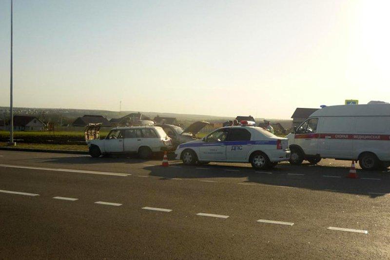 Автомобилисты дважды сбили 9-летнюю девочку: ребёнок в реанимации, фото-1