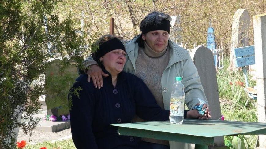 Блогер: Солдат из Донецкой области повесился в учебке - или повесили? (ФОТО, ВИДЕО), фото-2
