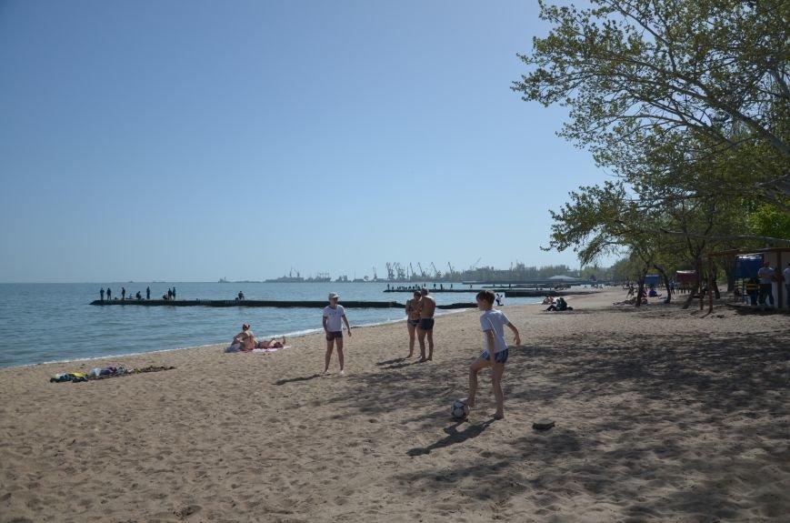 Мариупольцы преждевременно открыли пляжный сезон (ФОТО+ВИДЕО), фото-10