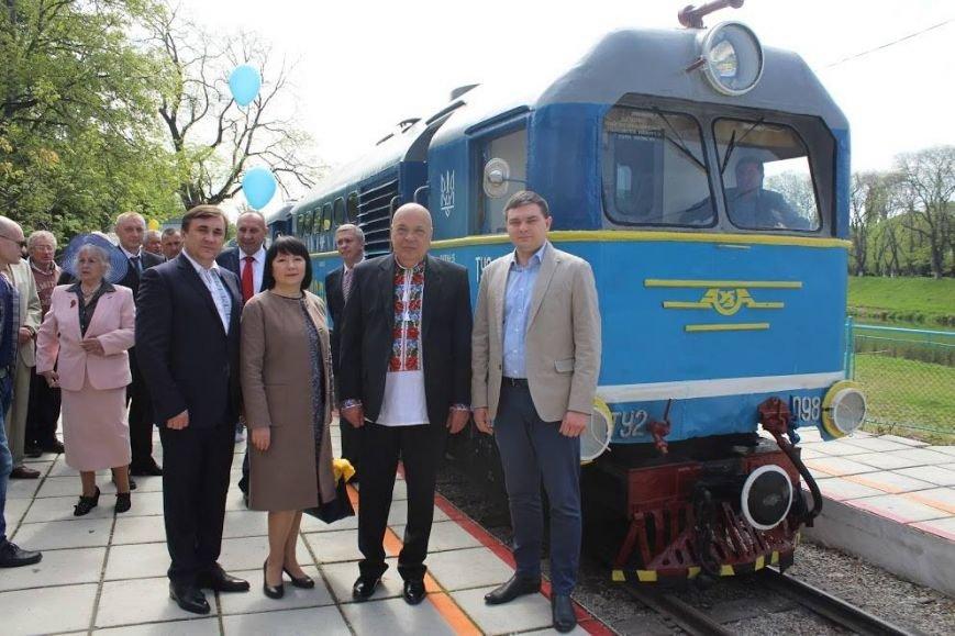В Ужгороді розпочала роботу дитяча залізниця: фото, фото-4