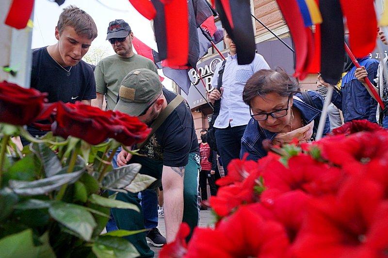 Патриоты почтили память первых погибших 2 мая в Одессе (ВИДЕО, ФОТО), фото-8