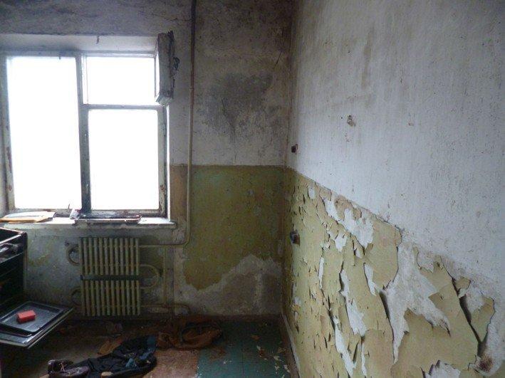 В Никополе чернобыльцу власть вручила заброшенную квартиру, фото-6