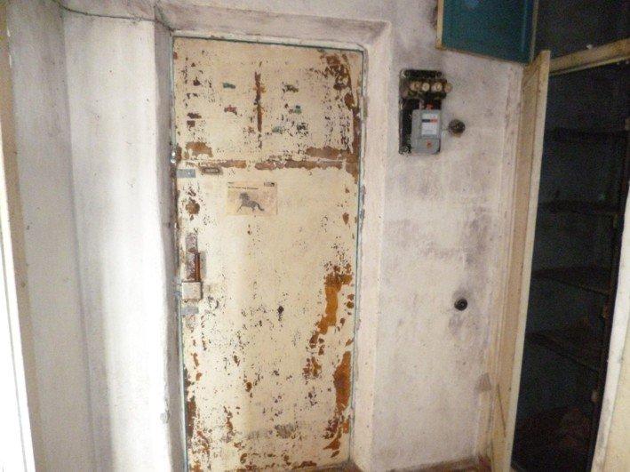 В Никополе чернобыльцу власть вручила заброшенную квартиру, фото-3