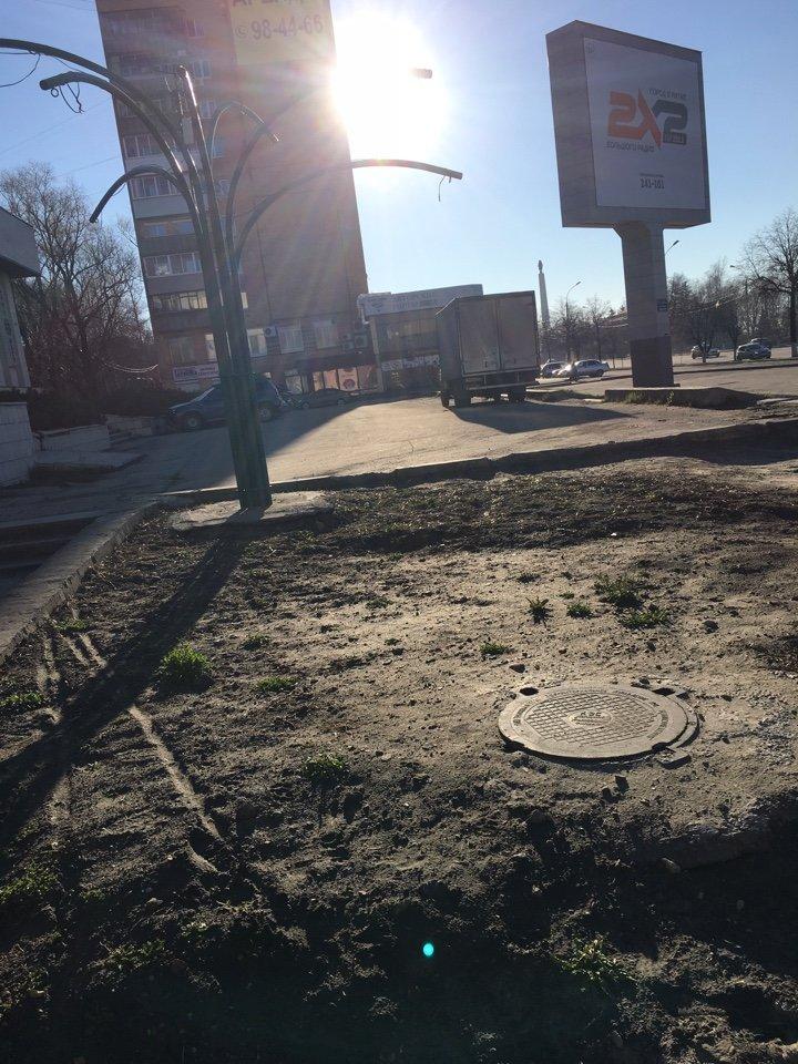 На месте возможного митинга в Ульяновске царит разруха. ФОТО, фото-6
