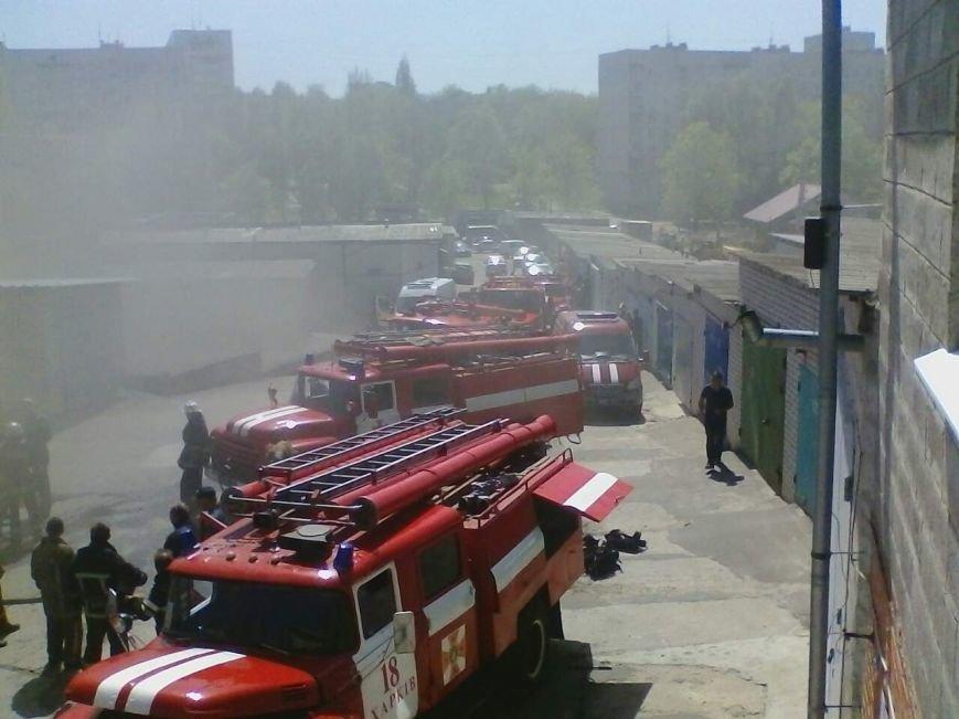 Пожар в гаражном кооперативе на Салтовке: один человек получил ожоги (ФОТО), фото-1