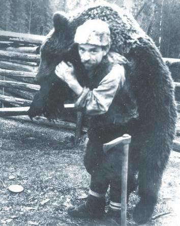 Мисливці зі своїми трофеями в Карпатах. Ретро-світлини кінця 19 сторіччя. ФОТО, фото-13