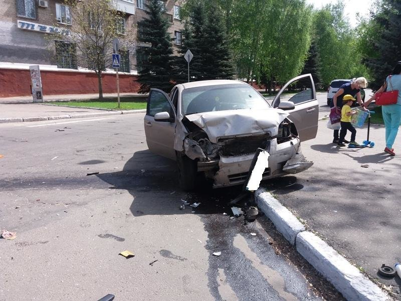 За минувшие сутки в Краматорске произошло 2 ДТП с пострадавшими (ФОТО), фото-5