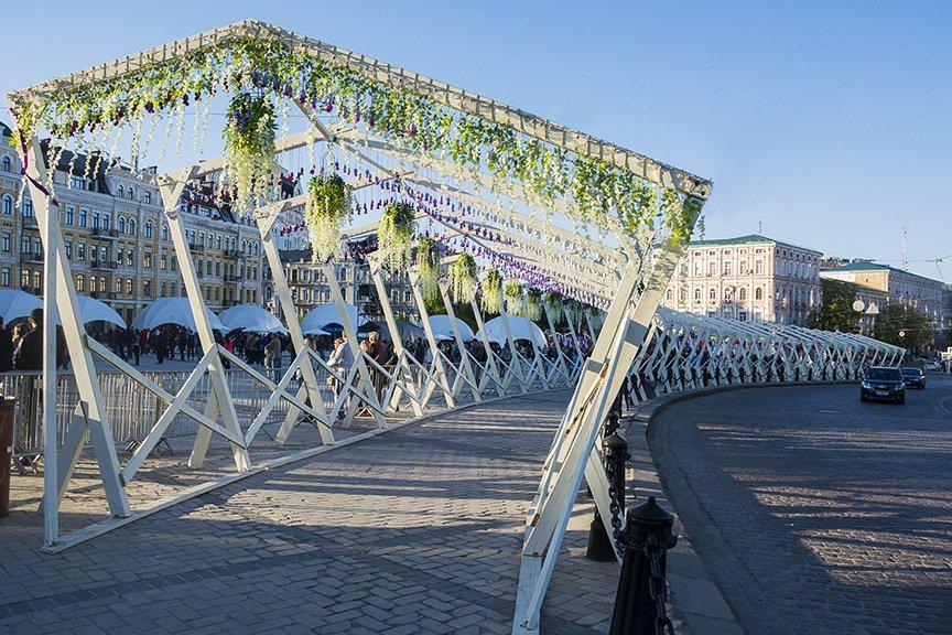 """Фан-зона """"Евровидения"""" на Софии: большая сцена, фуд-корты и арт-инсталляции (ФОТО), фото-1"""