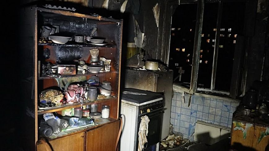 В пожаре на Восточном угарным газом отравились пять человек (Дополнено,ФОТО), фото-8