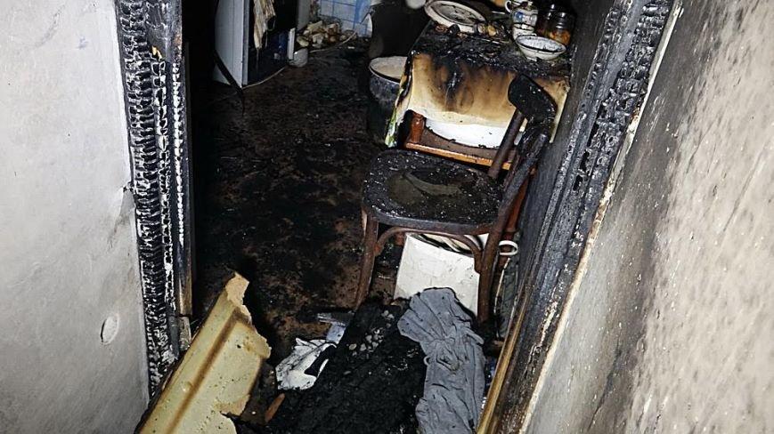 В пожаре на Восточном угарным газом отравились пять человек (Дополнено,ФОТО), фото-9