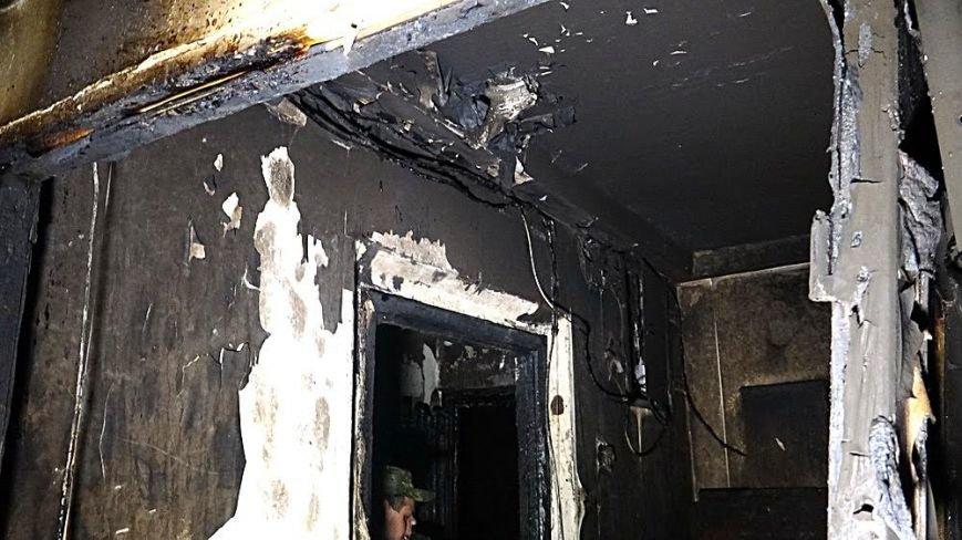 В пожаре на Восточном угарным газом отравились пять человек (Дополнено,ФОТО), фото-6