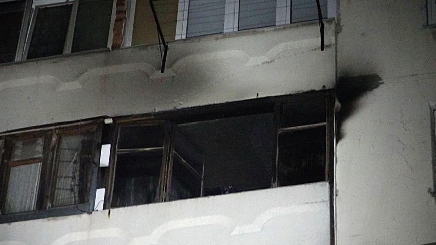 В пожаре на Восточном угарным газом отравились пять человек (Дополнено,ФОТО), фото-16