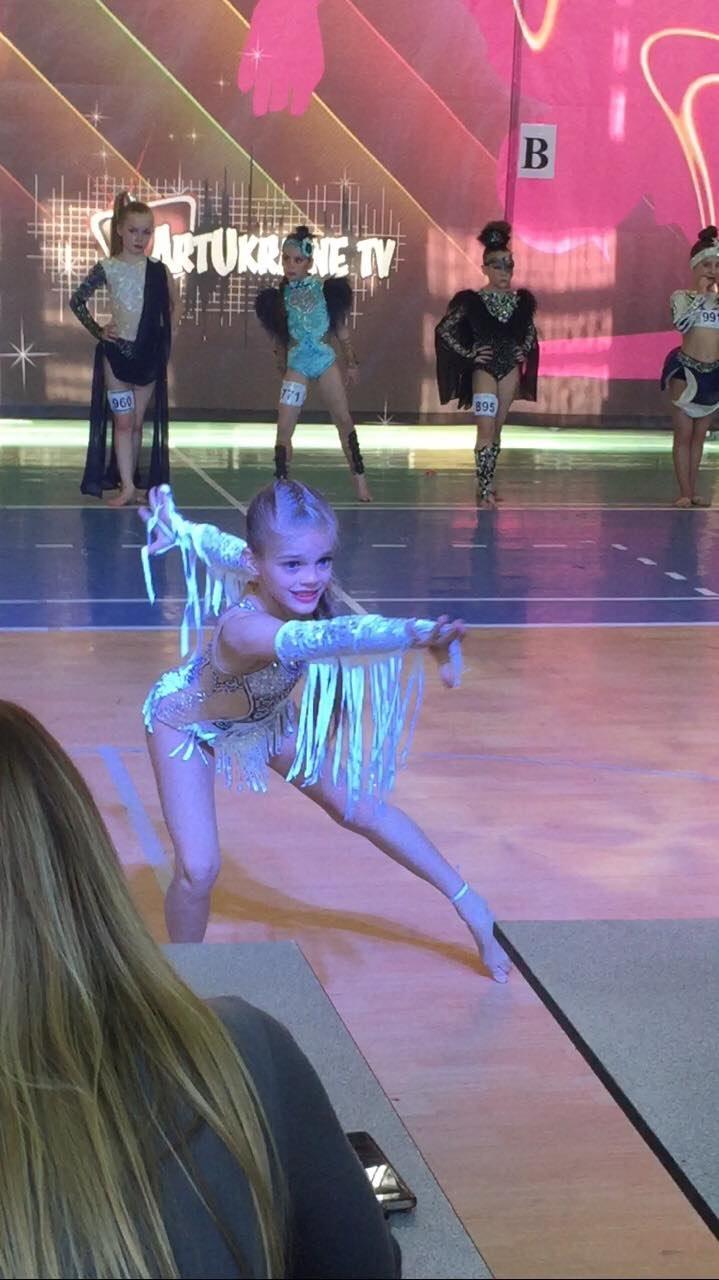 Наши танцоры показали всю красоту и грацию, фото-1
