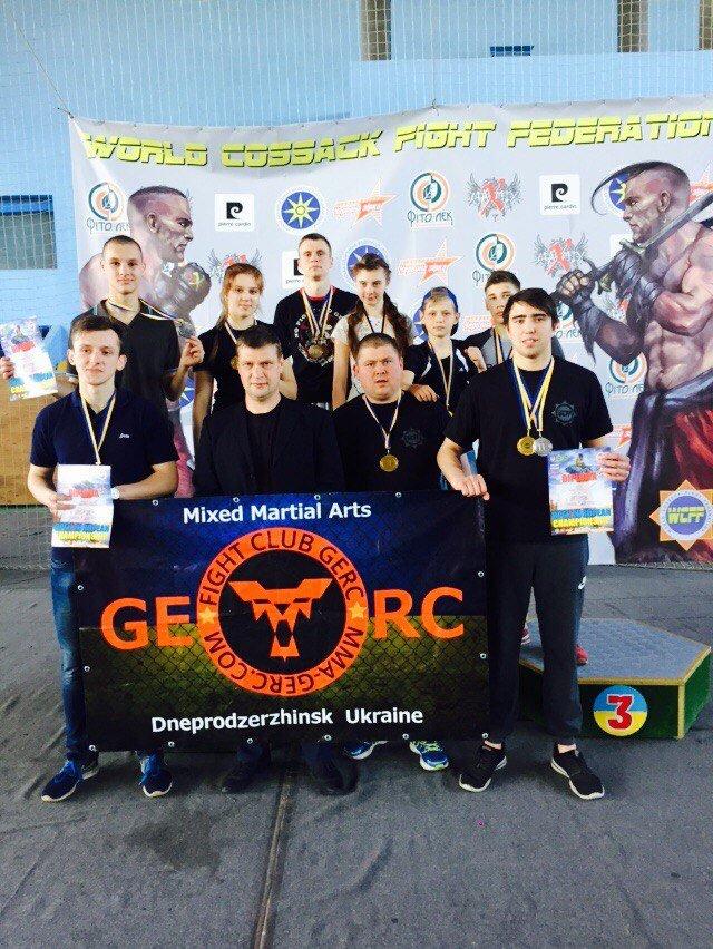 Пятеро каменчан завоевали титул чемпиона Европы по казацкому двобою, фото-1