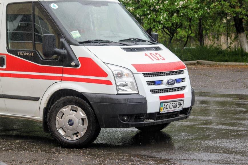 Секунди ціною у життя, або як ужгородські водії пропускають «швидку»: фоторепортаж, фото-1