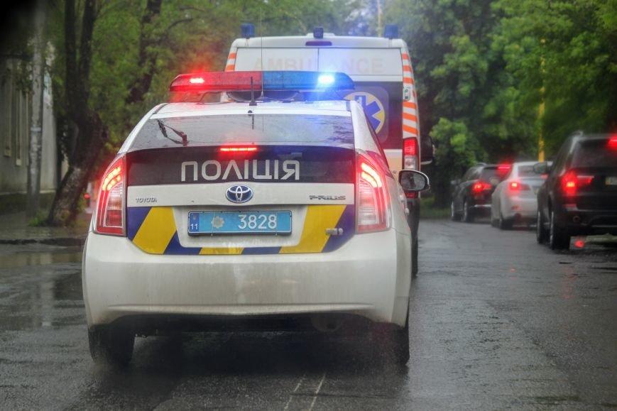 Секунди ціною у життя, або як ужгородські водії пропускають «швидку»: фоторепортаж, фото-5