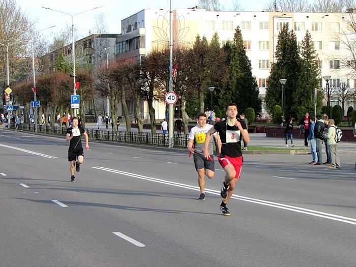 Новополоцк пробежал эстафету в честь Дня Победы. ФОТОРЕПОРТАЖ, фото-19