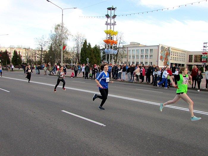 Новополоцк пробежал эстафету в честь Дня Победы. ФОТОРЕПОРТАЖ, фото-25
