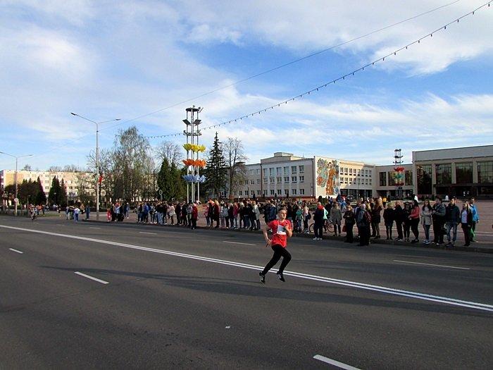 Новополоцк пробежал эстафету в честь Дня Победы. ФОТОРЕПОРТАЖ, фото-21