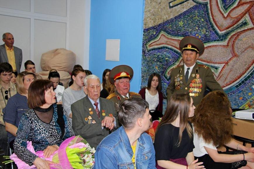 В Покровске студенты встретились с участниками АТО и ветеранами войны, фото-3