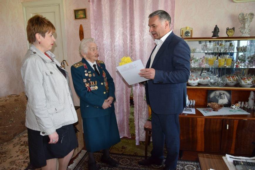 Руководство Каменского поздравило ветеранов города, фото-2