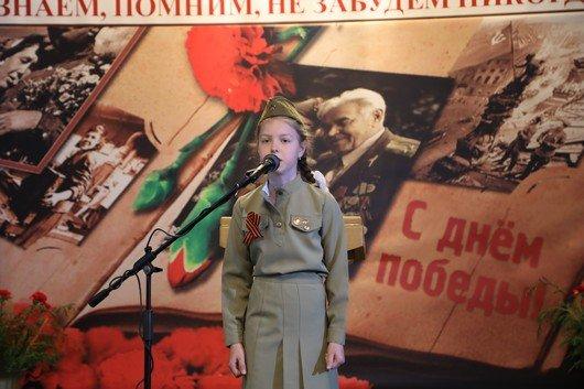 В Симферополе открылась фотовыставка «Помни их подвиг» (ФОТО), фото-4