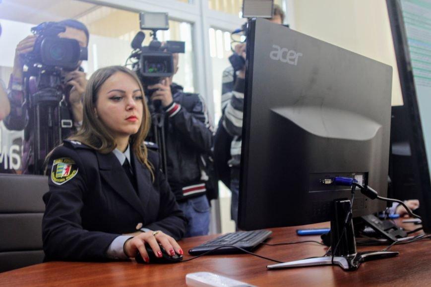 Ужгородці будуть під «пильним оком» 70-ти камер відеоспостереження: фоторепортаж, фото-4
