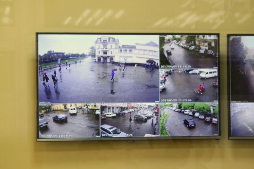 Ужгородці будуть під «пильним оком» 70-ти камер відеоспостереження: фоторепортаж, фото-10