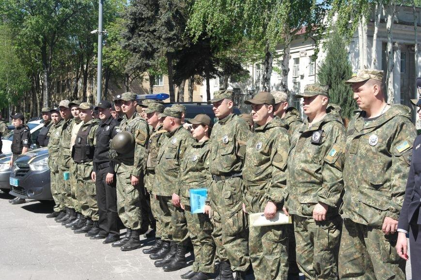 В связи с майскими праздниками, полиция Покровска переходит на усиленный вариант несения службы, фото-6