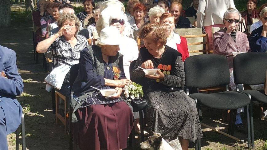 . В новомосковском терцентре чествовали ветеранов войны, фото-6