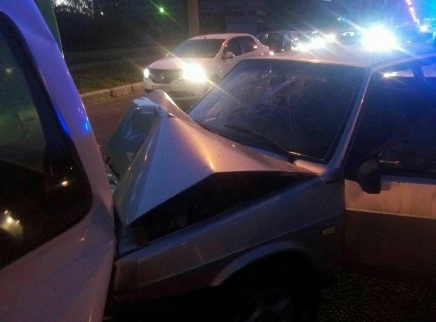 На проспекте Льва Ландау произошла авария: у водителя отказали тормоза (ФОТО), фото-4