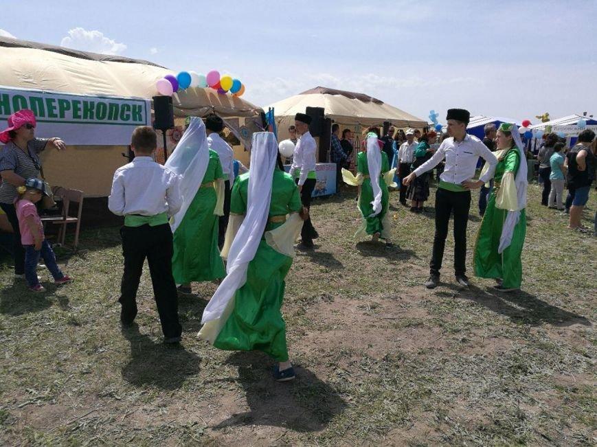 Под Бахчисараем отмечают крымско-татарский праздник Хыдырлез (ФОТО), фото-6