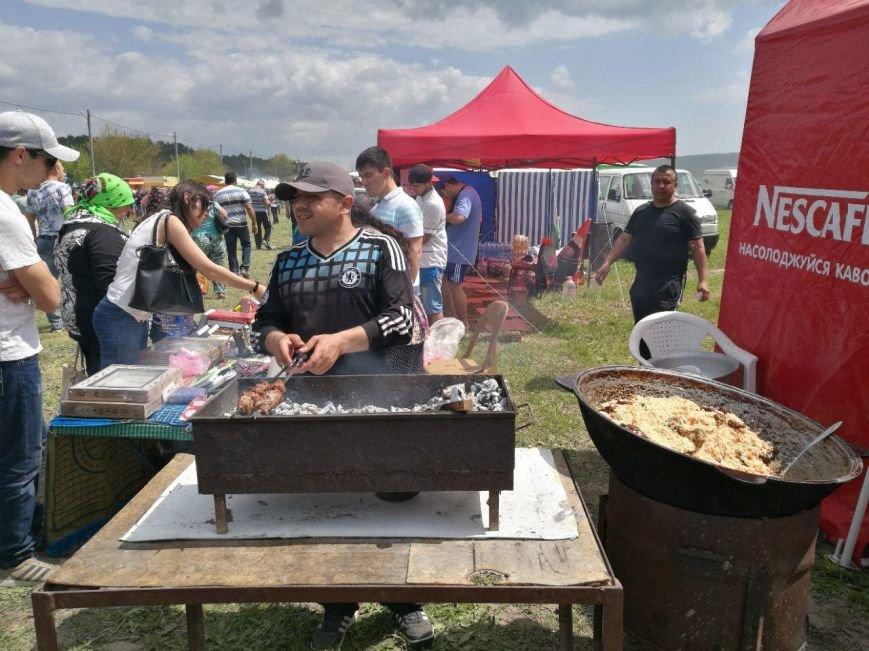 Под Бахчисараем отмечают крымско-татарский праздник Хыдырлез (ФОТО), фото-1