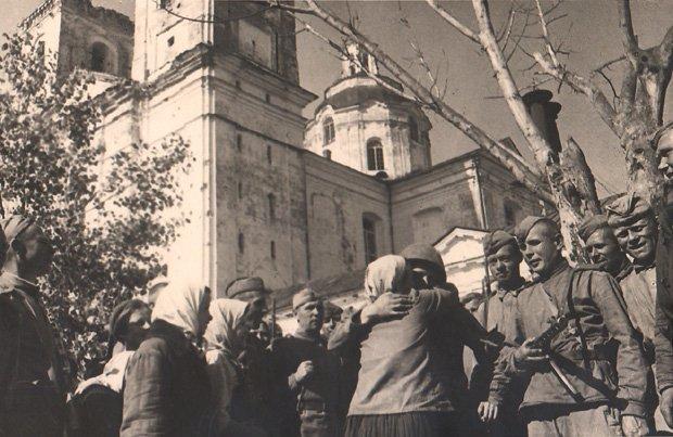 1944_07_polock_vstrecha