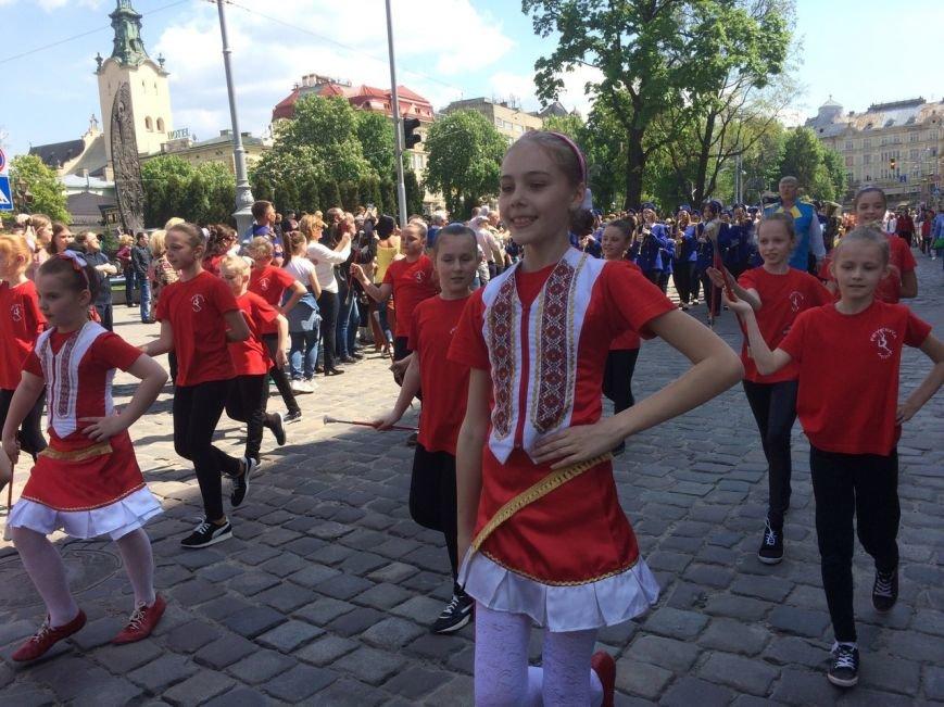 Львовом пройшов урочистий парад: фоторепортаж та відео з місця події, фото-8