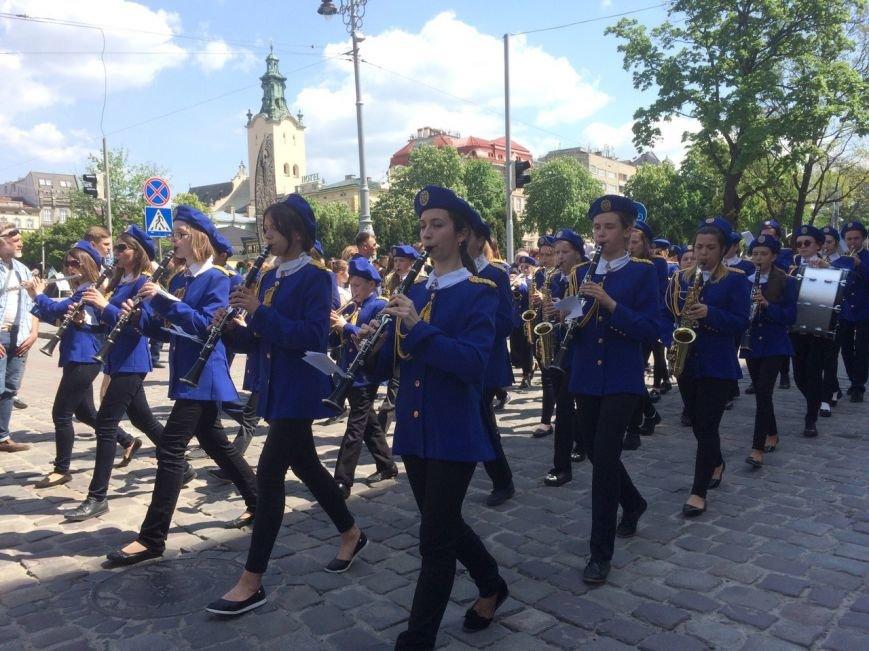 Львовом пройшов урочистий парад: фоторепортаж та відео з місця події, фото-7