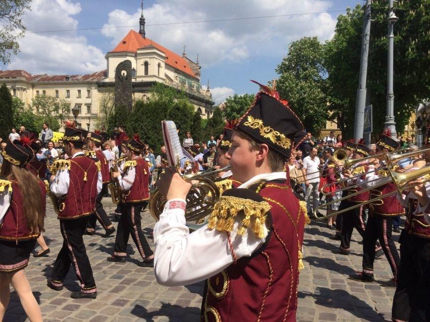 Львовом пройшов урочистий парад: фоторепортаж та відео з місця події, фото-4