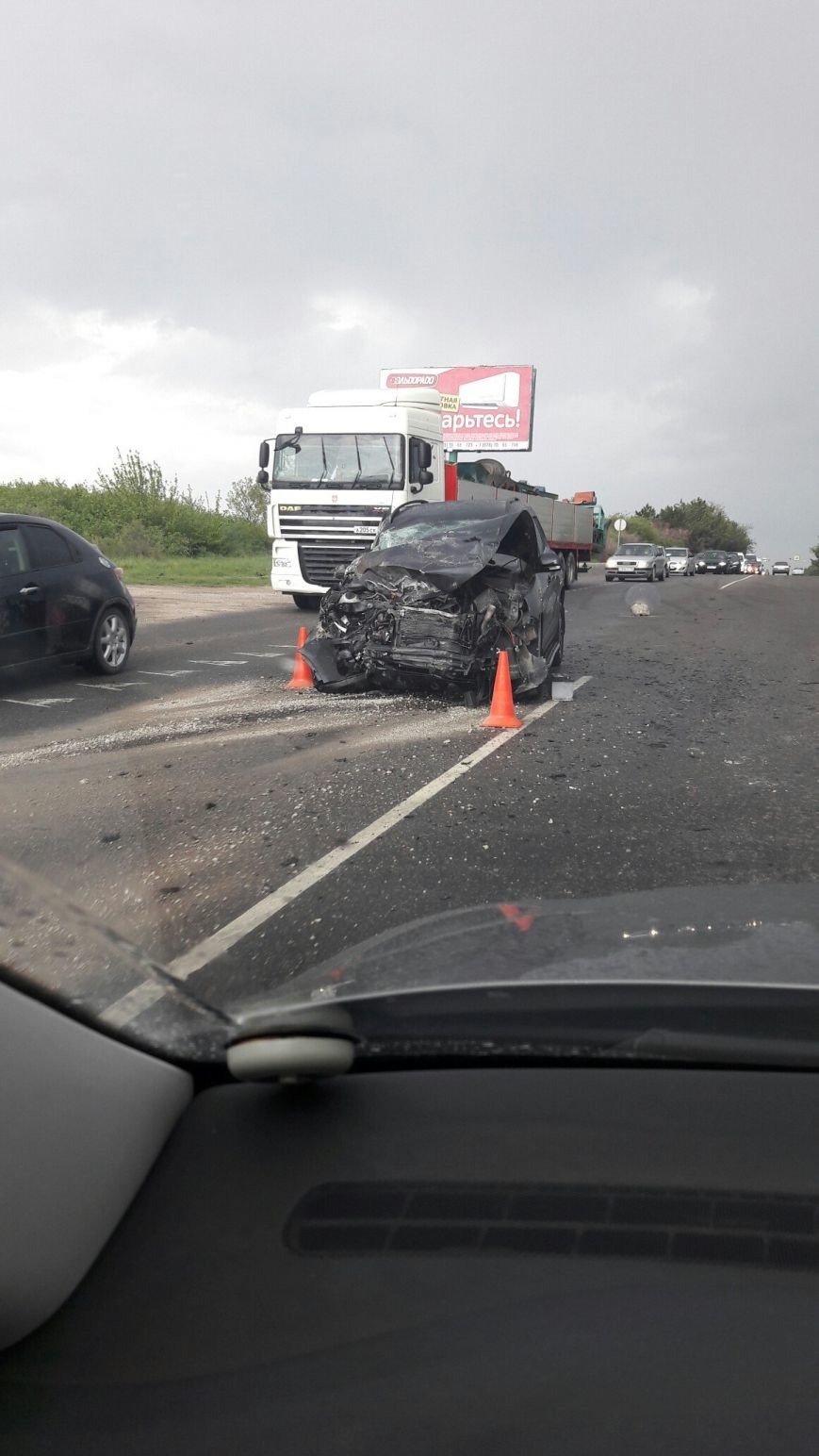 На трассе Симферополь-Феодосия внедорожник не разминулся с бензовозом (ФОТО, ВИДЕО, обновлено), фото-1