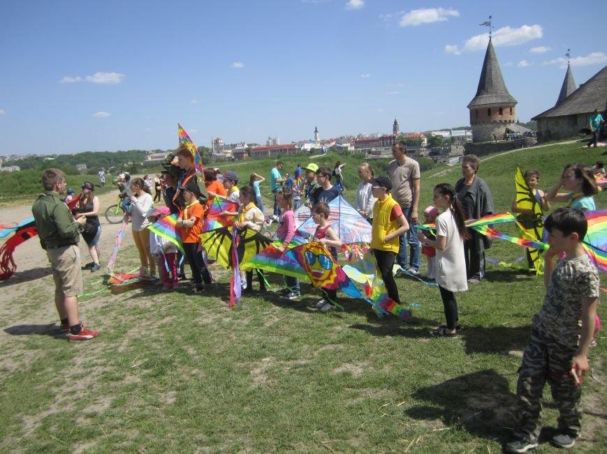 Небо Кам'янця підкорили діти, фото-1