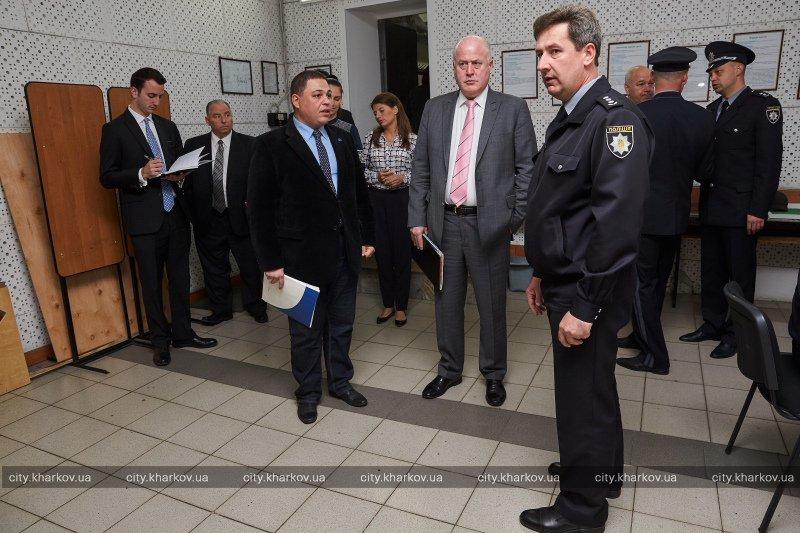 Гостям из Америки показали, как в Харькове готовят полицейских (ФОТО), фото-2