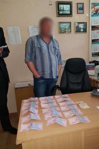 Прокуратура разоблачила налоговика-взяточника, который брал деньги за ускоренное закрытие ФОПов (ФОТО), фото-2