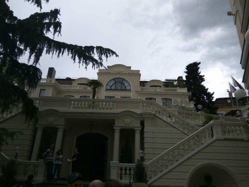 На ЮБК горел пятизвездочный отель: эвакуировано 25 человек (ФОТО), фото-1