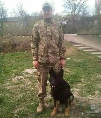 В Каменском служебный пес помог раскрыть кражу, фото-1